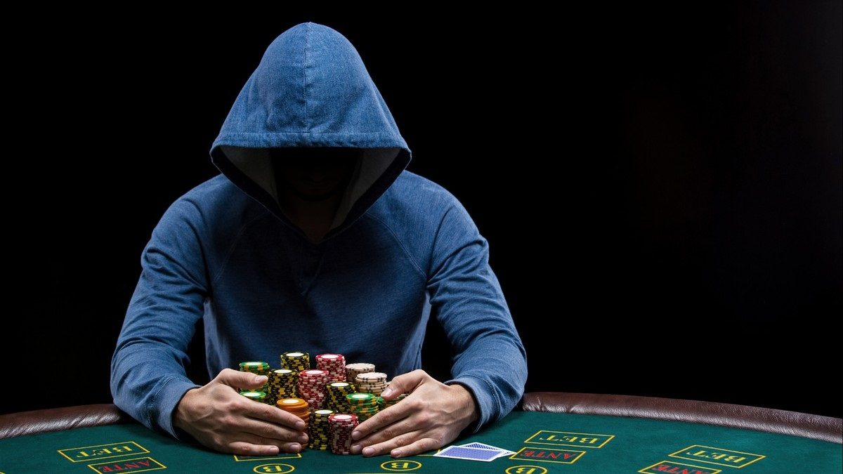 The main benefits of online casinos over land-based casinos